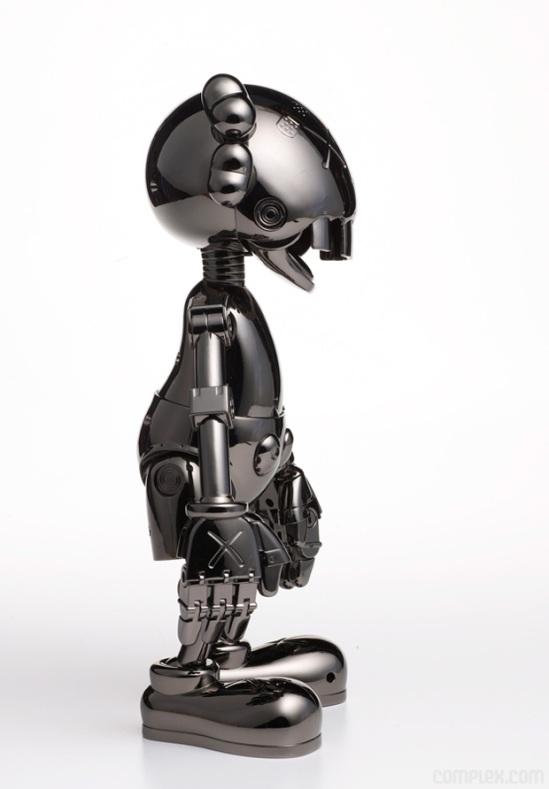 kaws-hajime-sorayama-no-future-companion-closer-3