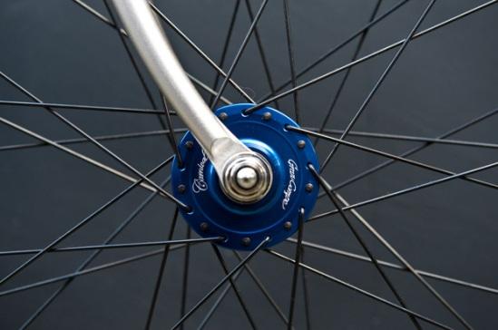 carnival-tokyo-kinfolk-fixed-gear-bike-3